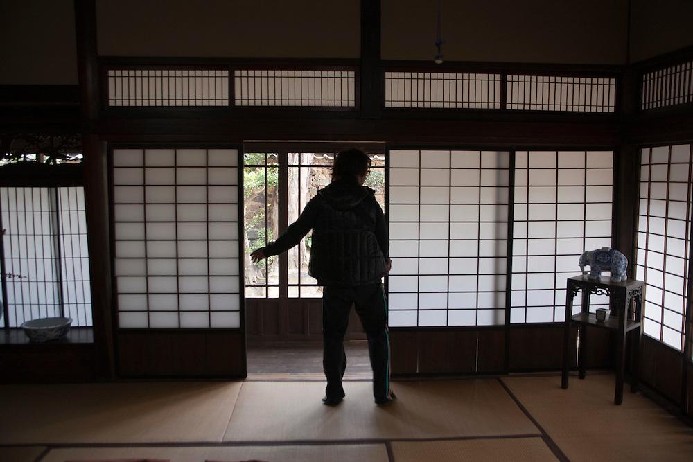 Kartsu hall-.Nakazato TaroAmon kiln...Arita.Kaki enom  kiln..Gen-emon kiln