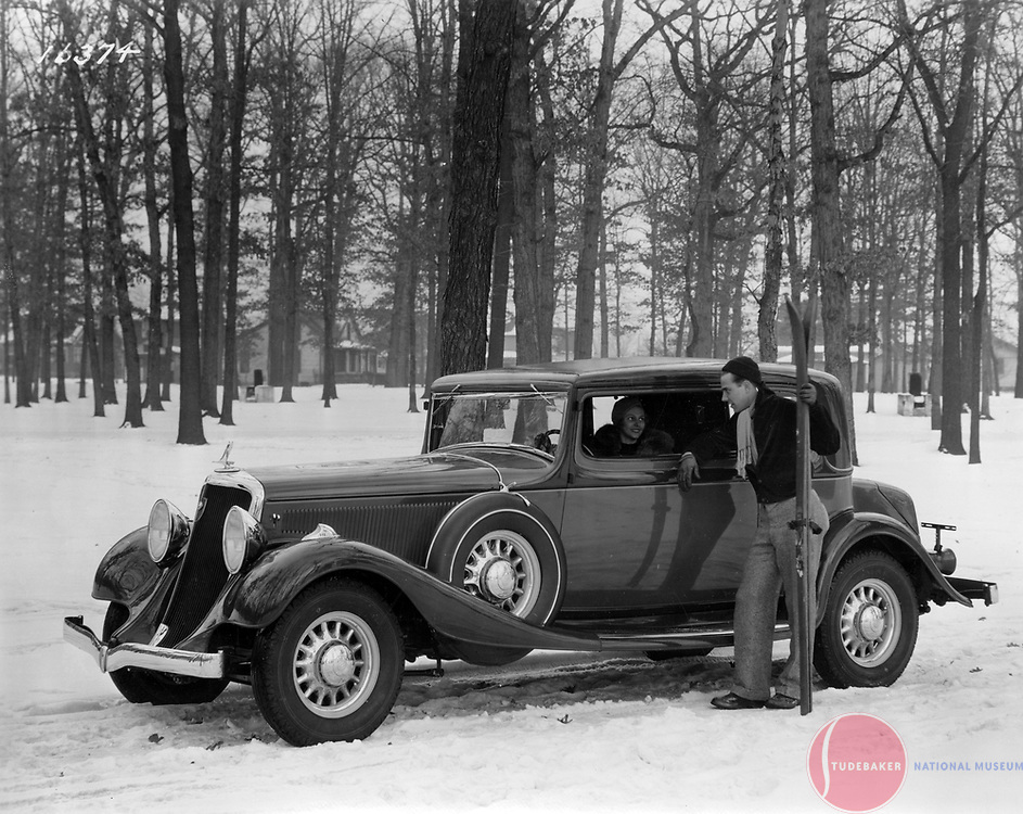 Factory promotional image of a 1933 Studebaker Speedway President St. Regis Brougham.