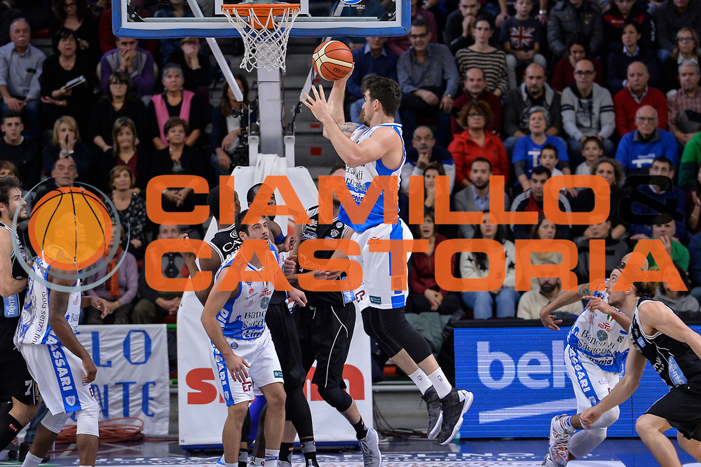 DESCRIZIONE : Campionato 2015/16 Serie A Beko Dinamo Banco di Sardegna Sassari - Dolomiti Energia Trento<br /> GIOCATORE : Joe Alexander<br /> CATEGORIA : Rimbalzo Controcampo<br /> SQUADRA : Dinamo Banco di Sardegna Sassari<br /> EVENTO : LegaBasket Serie A Beko 2015/2016<br /> GARA : Dinamo Banco di Sardegna Sassari - Dolomiti Energia Trento<br /> DATA : 06/12/2015<br /> SPORT : Pallacanestro <br /> AUTORE : Agenzia Ciamillo-Castoria/L.Canu