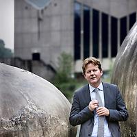 Nederland, Rotterdam , 8 september 2010..Henk Volberda is hoogleraar Strategic Management and Business Policy en directeur van de faculteit Strategic Management and Business Environment bij Rotterdam School of Management..Foto:Jean-Pierre Jans