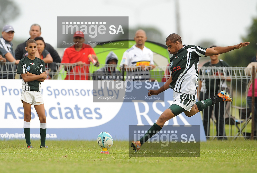 GEORGE, SOUTH AFRICA - Saturday 7 March 2015, Leegan Moos of Pacaltsdorp Evergreens converts a try during the third round match of the Cell C Community Cup between Pacaltsdorp Evergreens and Vaseline Wanderers at Pacaltsdorp Sports Grounds, George<br /> Photo by Roger Sedres/ImageSA/ SARU
