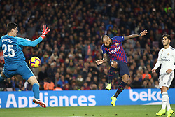 October 28, 2018 - Barcelona, Catalonia, Spain - Arturo Vidal scoring during the spanish league match between FC Barcelona and Real Madrid at Camp Nou Stadium in Barcelona, Catalonia, Spain on October 28, 2018  (Credit Image: © Miquel Llop/NurPhoto via ZUMA Press)