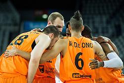 08-09-2015 CRO: FIBA Europe Eurobasket 2015 Slovenie - Nederland, Zagreb<br /> De Nederlandse basketballers hebben de kans om doorgang naar de knockoutfase op het EK basketbal te bereiken laten liggen. In een spannende wedstrijd werd nipt verloren van Slovenië: 81-74 / Players of Netherlands. Photo by Vid Ponikvar / RHF