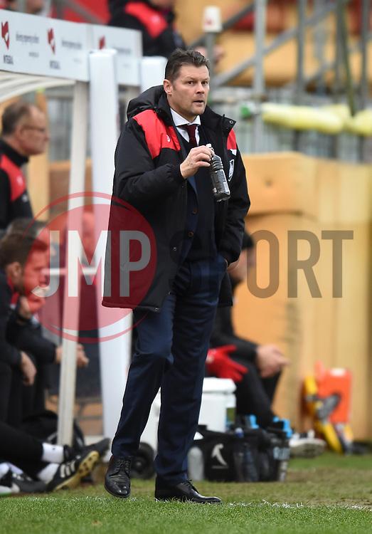 Bristol City manager Steve Cotterill - Mandatory by-line: Paul Knight/JMP - Mobile: 07966 386802 - 05/12/2015 -  FOOTBALL - Ashton Gate Stadium - Bristol, England -  Bristol City v Blackburn Rovers - Sky Bet Championship