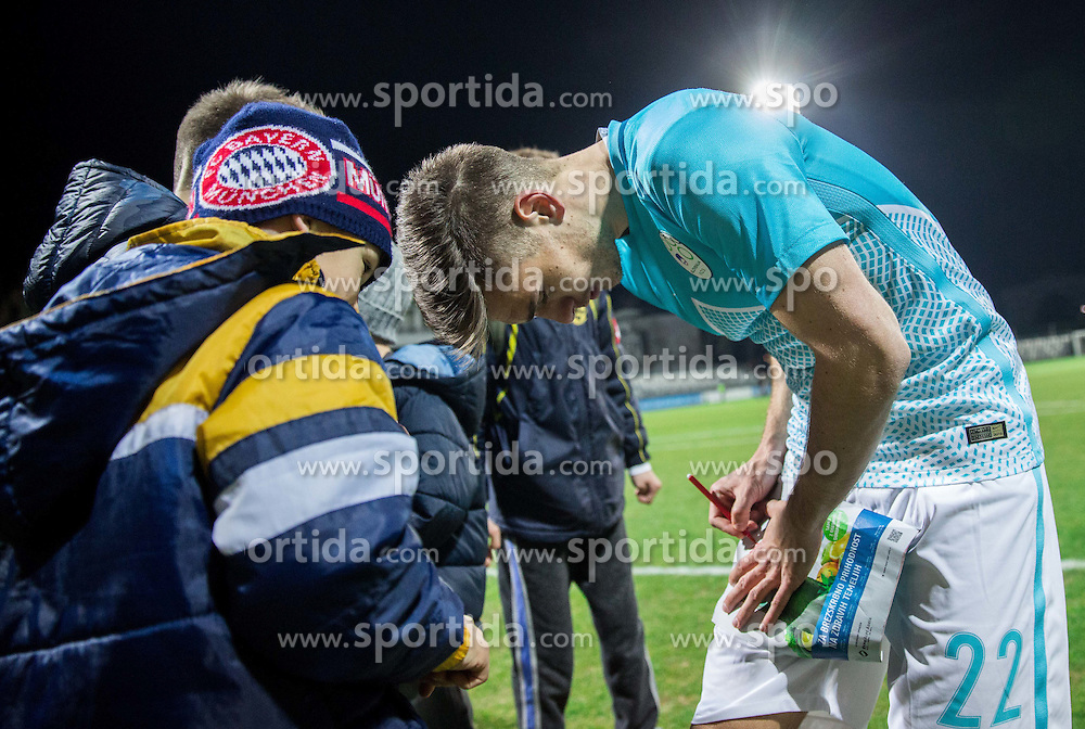 Blaz Vrhovec of Slovenia with fans after the friendly football match between National teams of Slovenia and FYR Macedonia, on March 23, 2016 in Stadium Bonifika, Koper/Capodistria, Slovenia. Photo by Vid Ponikvar / Sportida