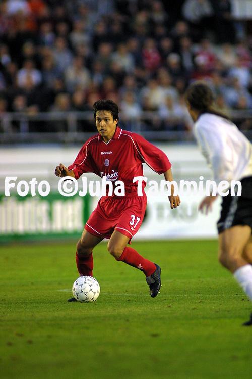8.8.2001, Olympiastadion / Olympic Stadium, Helsinki, Finland.<br /> UEFA Champions League 2001-02 Qualifying Round, First Leg Match, FC Haka Valkeakoski v Liverpool FC.  <br /> Jari Litmanen - Liverpool