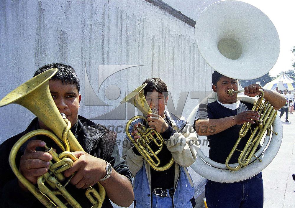 Toluca, Méx.- Festividades en la iglesia del Carmen. Agencia MVT / Mario B. Arciniega