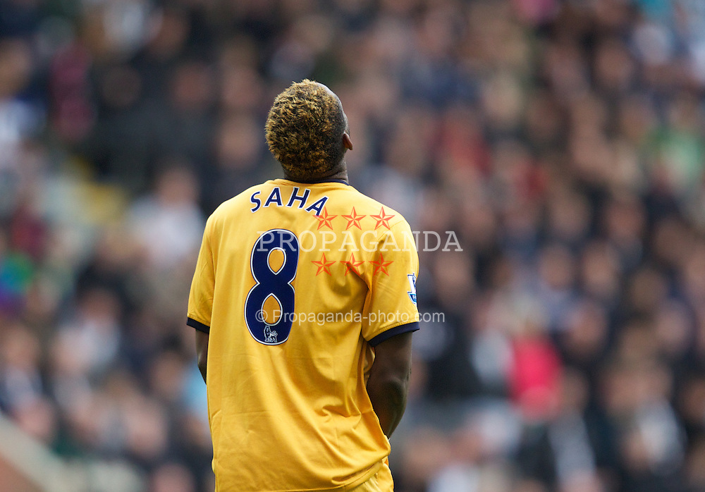 NEWCASTLE-UPON-TYNE, ENGLAND - Saturday, November 5, 2011: Everton's Louis Saha looks dejected after missing a big chance during the Premiership match against Newcastle United at St. James' Park. (Pic by Vegard Grott/Propaganda)