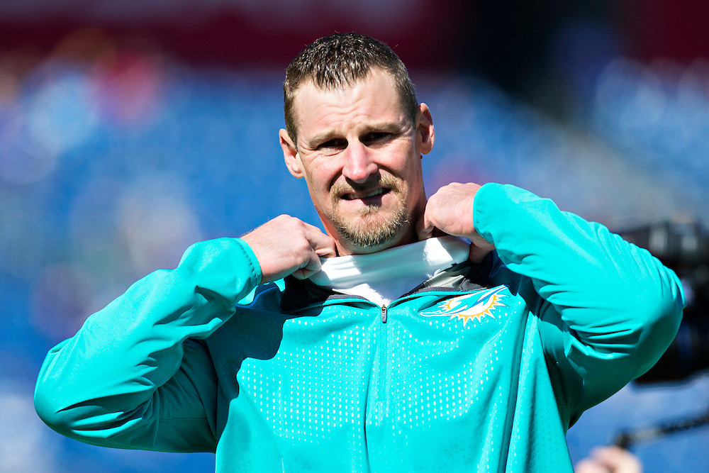 NASHVILLE, TN - OCTOBER 18:  Head Coach Dan Campbell of the Miami Dolphin watches his team warm up before a game against the Tennessee Titans at LP Field on October 18, 2015 in Nashville, Tennessee.  (Photo by Wesley Hitt/Getty Images) *** Local Caption *** Dan Campbell
