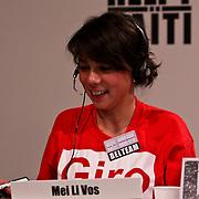 NLD/Hilversum/20100121 - Benefietactie voor het door een aardbeving getroffen Haiti, Mei Li Vos