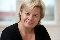 04 NOV 2010, BERLIN/GERMANY:<br /> Gesine Loetzsch, Die Linke, Parteivorsitzende, waehrend einem Interview, in Ihrem Buero, Karl-Liebknecht-Haus<br /> IMAGE: 20101104-01-001<br /> KEYWORDS: Gesine Lötzsch