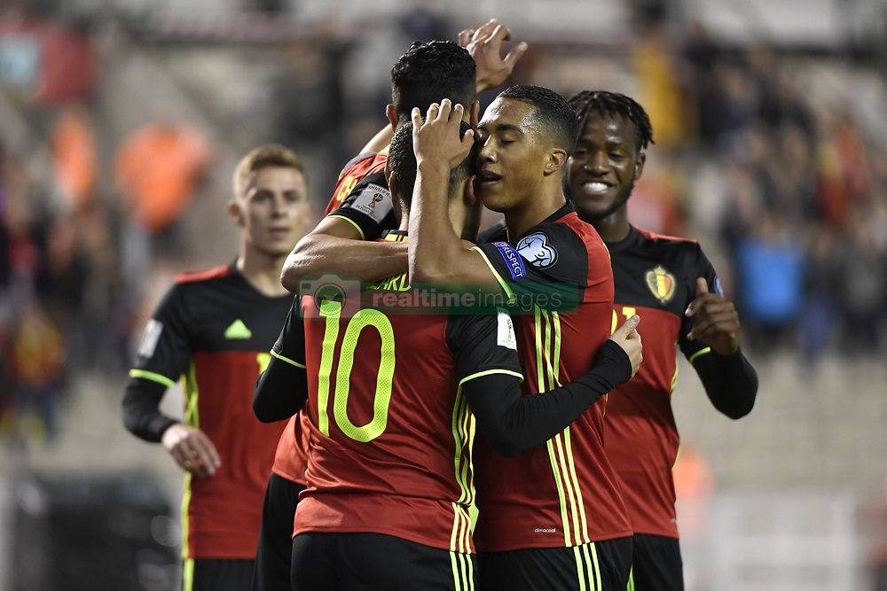 October 10, 2017 - Bruxelles, Belgique - Eden Hazard midfielder of Belgium celebrates with teammates after scoring (Credit Image: © Panoramic via ZUMA Press)