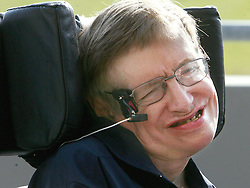 Prof. Stephen Hawking is all smiles during a press conference after experiencing weightlessness in a Zero Gravity jet on Thursday, April 26, 2007, in Orlando, Florida. Photo by Red Huber/Orlando Sentinel/MCT/ABACAPRESS.COM  | 121179_02 Orlando