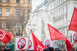 17.03.2018, Wien, AUT, Demonstration gegen Rassismus und Faschismus in Wien, im Bild Demonstranten vor einem Mahnmal// during protest against racism and fascism, in Vienna, Austria on 2018/03/17. EXPA Pictures © 2018, PhotoCredit: EXPA/ Florian Schroetter