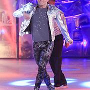 NLD/Hilversum/20130119 - 4e Liveshow Sterren Dansen op het IJs 2013, Paul Turner op de schaats