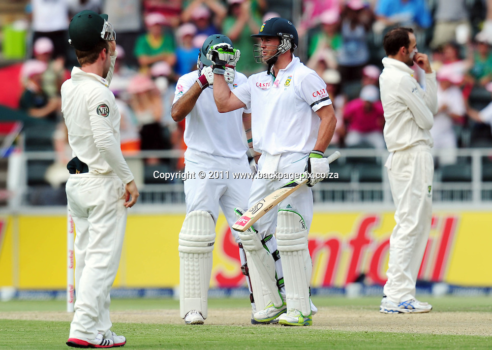 AB de Villiers of South Africa celebrates his 50<br /> &copy; Barry Aldworth/Backpagepix