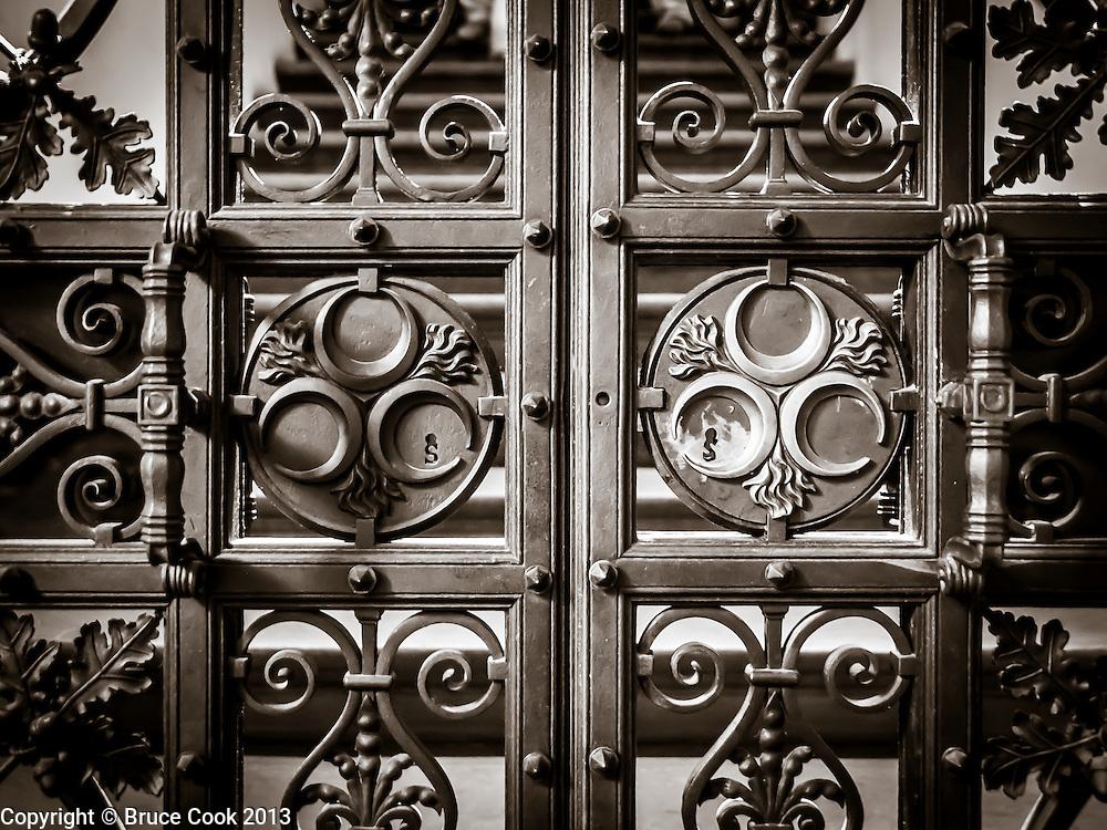 Palazzo gate
