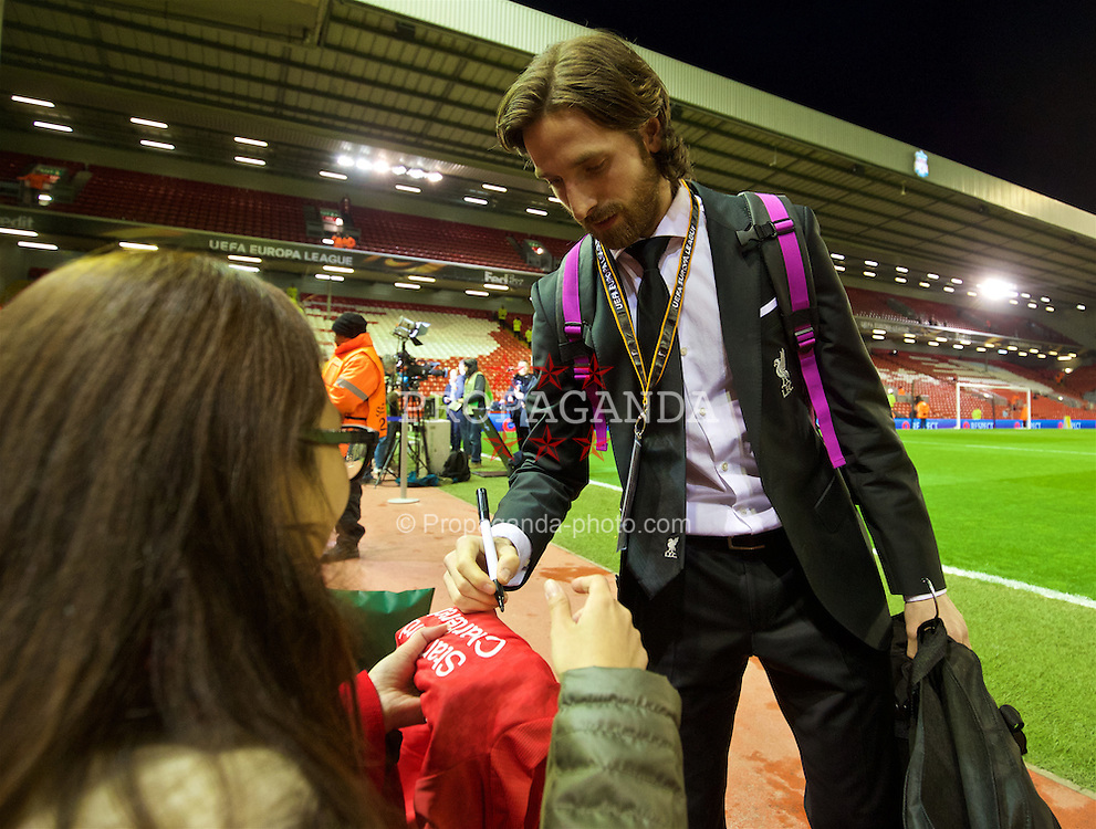 LIVERPOOL, ENGLAND - Thursday, March 10, 2016: Liverpool's Joe Allen arrives ahead of the UEFA Europa League Round of 16 1st Leg match against Manchester United at Anfield. (Pic by David Rawcliffe/Propaganda)