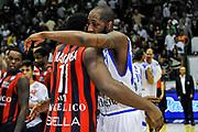 Juliam Mavunga, Tony Easley<br /> Banco di Sardegna Dinamo Sassari - Angelico Biella<br /> Legabasket Serie A Beko 2012-2013<br /> Sassari, 30/09/2012<br /> Foto L.Canu / Ciamillo-Castoria