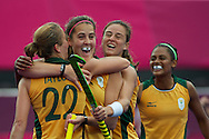 Olympics 2012, hockey, Lisa-Marue Deetlefs congratulated by her teammates for its goal