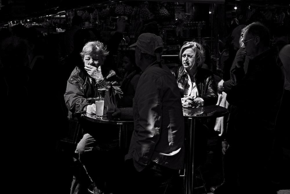 Women at table, la Boqueria market