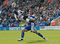 Photo: Steve Bond/Richard Lane Photography. Leicester City v Carlisle United. Coca Cola League One. 04/04/2009. Cleveland Taylor (L) and Joe Mattock (R) contest the ball