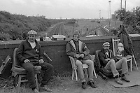 Miners picket railway line at Immingham. 10/07/1984.