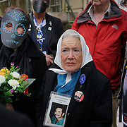Nora Cortinas (old ladies) is from Argentina her son is a victim of disappearance 1979 join protest on the Day to remember the dead in Mexico of the disappearance student in Mexico and around the globe on 2nd November 2017 outside Embassy of Mexico, London, UK