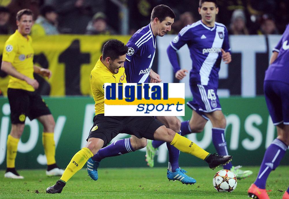 v.l. Ilkay Guendogan, Sacha Kljestan (Anderlecht)<br /> <br /> Fussball Champions League, Gruppenphase, Borussia Dortmund - RSC Anderlecht<br /> Norway only