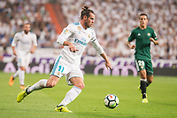 Real Madrid's Gareth Bale during La Liga match between Real Madrid and Real Betis at Santiago Bernabeu Stadium in Madrid, Spain September 20, 2017. (ALTERPHOTOS/Borja B.Hojas)