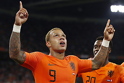 (L-R) Memphis Depay of Holland, Quincy Promes of Holland during the International friendly match match between The Netherlands and Peru at the Johan Cruijff Arena on September 06, 2018 in Amsterdam, The Netherlands