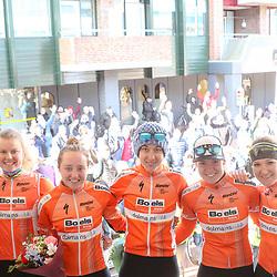 06-04-2018: Wielrennen: Healthy Aeging Tour: Stadskanaal.  <br />Boels-Dolmans heeft de ploegentijdrit in de Healthy Ageing Tour gewonnen. De ploeg van Danny Stam was al als favoriet gestart in Stadskanaal