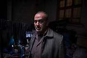Abdulmunem, 51 years, followed his injured son in Turkey and opened a shop Syrian products, meeting point of Syrian refugees, which brings in enough money to survive. His son Muhammed, 23, was shot by a sniper, seriously injured and his intestines are now destroyed.<br /> <br /> Abdulmunem, 51 ans, a suivi son fils blessé en Turquie et a ouvert une boutique de produits syriens, point de rencontre de refugiés syriens, qui apporte de quoi survivre. Son fils Muhammed, 23 ans, a été touché par un sniper, gravement blessé, ses intestins sont aujourd'hui détruits.