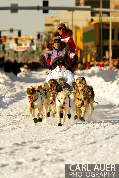 3/3/2007:  Anchorage Alaska -  Veteran Doug Swingley of Lincoln, MT during the Ceremonial Start of the 35th Iditarod Sled Dog Race