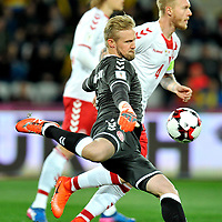 CLUJ-NAPOCA, ROMANIA, MARCH 26: Denmark's national soccer goalkeeper Kasper Schmeichel prepares to shoot the ball during the 2018 FIFA World Cup qualifier soccer game between Romania and Denmark, on March 26, at Cluj Arena Stadium, in Cluj-Napoca, Romania. (Photo by Mircea Rosca/Getty Images)