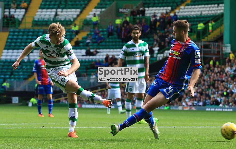Celtic's Stuart Armstrong scores his second goal of  the Glasgow Celtic FC v Inverness Caledonian Thistle FC Scottish Premiership 15th August 2015 ©Edward Linton | SportPix.org.uk