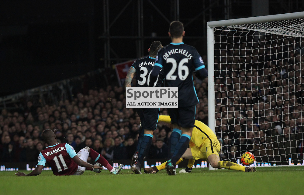 Enner Valencia of West Ham United scores during the Barclays Premier League game against Manchester City. (c) Joshua Smith | SportPix.org.uk