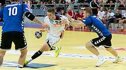 02.11.2016, Arena Nova, Wiener Neustadt, AUT, EHF, Handball EM Qualifikation, Österreich vs Finnland, Gruppe 3, im Bild Nikola Bilyk (AUT), Richard Sundberg (FIN)// during the EHF Handball European Championship 2018, Group 3, Qualifier Match between Austria and Finland at the Arena Nova, Wiener Neustadt, Austria on 2016/11/02. EXPA Pictures © 2016, PhotoCredit: EXPA/ Sebastian Pucher