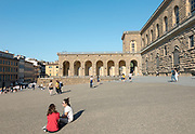 FLORENCE: Palazzo Pitti, Pizza dei Pitti