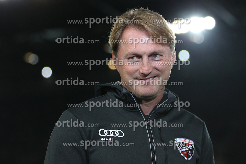 22.09.2015, Audi Sportpark, Ingolstadt, GER, 1. FBL, FC Ingolstadt 04 vs Hamburger SV, 6. Runde, im Bild Trainer Ralph Hasenhuettl (FC Ingolstadt) // during the German Bundesliga 6th round match between FC Ingolstadt 04 and Hamburger SV at the Audi Sportpark in Ingolstadt, Germany on 2015/09/22. EXPA Pictures &copy; 2015, PhotoCredit: EXPA/ Eibner-Pressefoto/ Schueler<br /> <br /> *****ATTENTION - OUT of GER*****