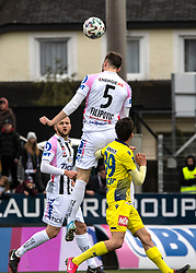 23.02.2020, TGW Arena, Pasching, AUT, 1. FBL, LASK vs SKN St. Poelten, 20. Runde, im Bild v.l. Gernot Trauner (LASK Linz), Petar Filipovic (LASK Linz), Robert Ljubicic (spusu SKN St. Poelten) // during the tipico Bundesliga 20th round match between LASK and SKN St. Poelten at the TGW Arena in Pasching, Austria on 2020/02/23. EXPA Pictures © 2020, PhotoCredit: EXPA/ Reinhard Eisenbauer