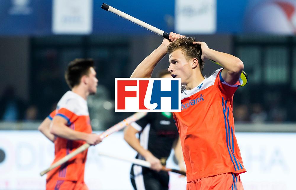 BHUBANESWAR -  Thijs van Dam (Ned) heeft gemist  tijdens de Hockey World League Finals , de kwartfinale wedstrijd Duitsland-Nederland (3-3).Duitsland wint na shoot-outs.  COPYRIGHT KOEN SUYK