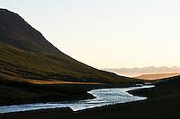 River Fnjóská runs north Fnjóskadalur Valley, through Dalsmynni towards the Fiord Eyjafjörður. It is about 117km long, which makes it the 9th longest river in Iceland. Fnjóská er vatnsmikil dragá sem rennur norður endilangan Fnjóskadal og um Dalsmynni í Eyjafjörð, skammt frá Laufási. Hún er um 117 kílómetrar að lengd og telst vera níunda lengsta á landsins.