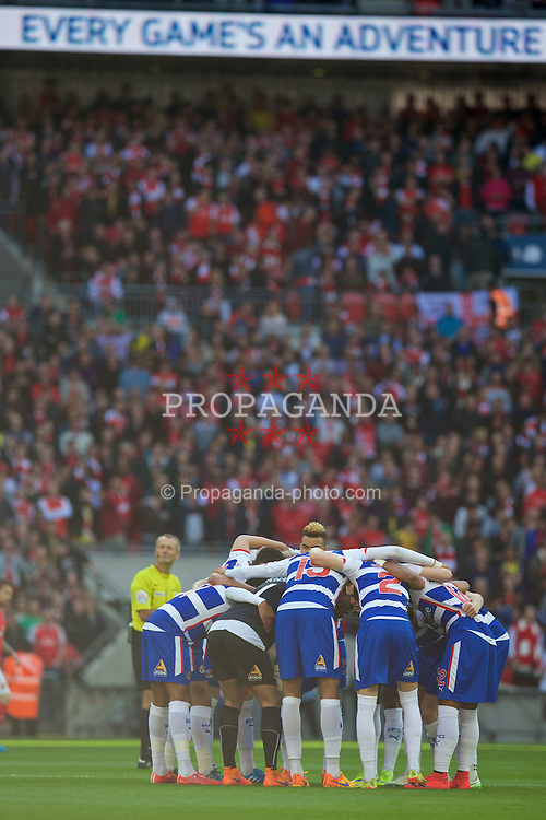 LONDON, ENGLAND - Saturday, April 18, 2015: Reading players before the FA Cup Semi-Final match against Arsenal at Wembley Stadium. (Pic by David Rawcliffe/Propaganda)