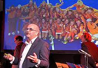 DEN HAAG - KNHB directeur Johan Wakkie tijdens de persbijeenkomst met betrekking tot het te houden WK hockey 2014 in het Kyocera voetbalstadion. FOTO KOEN SUYK