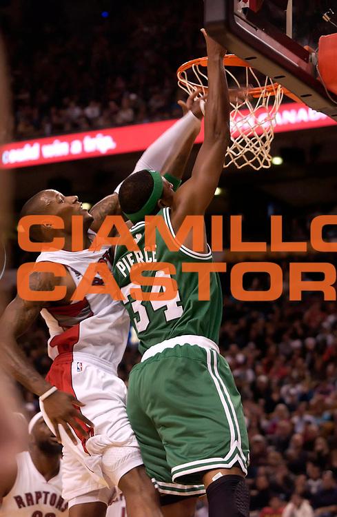 DESCRIZIONE : Toronto NBA 2010-2011 Toronto Raptors Boston Celtics<br /> GIOCATORE : Paul Pierce<br /> SQUADRA : Toronto Raptors Boston Celtics<br /> EVENTO : Campionato NBA 2010-2011<br /> GARA : Toronto Raptors Boston Celtics<br /> DATA : 21/11/2010<br /> CATEGORIA :<br /> SPORT : Pallacanestro <br /> AUTORE : Agenzia Ciamillo-Castoria/V.Keslassy<br /> Galleria : NBA 2010-2011<br /> Fotonotizia : Toronto NBA 2010-2011 Toronto Raptors Boston Celtics<br /> Predefinita :