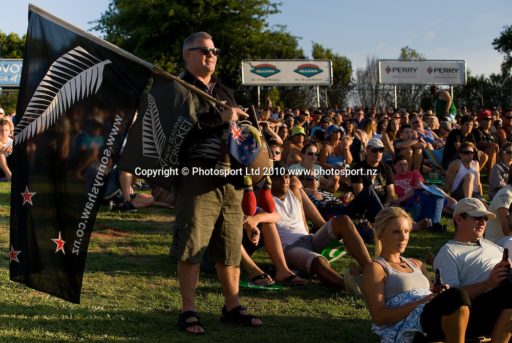 Sonny Shaw, fan in the crowd during the National Bank Twenty20 Series cricket match between Bangladesh and New Zealand Blackcaps at Seddon Park, Hamilton, New Zealand, Wednesday 03 February 2010. Photo: Stephen Barker/PHOTOSPORT