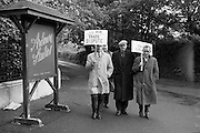 "E.T.U. electricians picket Ardmore Studios, Bray, Co. Wicklow, where the film ""Ballad in Blue"", starring singer Ray Charles and Dawn Addams, is in production.<br /> 09.06.1964"