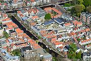 Nederland, Zuid-Holland, Leiden, 09-04-2014; centrum Leiden met Vliet naar Rapenburg. Schoolplein basisschool met zonnepanelen. Detail.<br /> Old town and heart of the city of Leiden with canals. Close-upluchtfoto (toeslag op standard tarieven);<br /> aerial photo (additional fee required);<br /> copyright foto/photo Siebe Swart