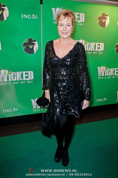 NLD/Scheveningen/20111106 - Premiere musical Wicked, Inge Iepenburg